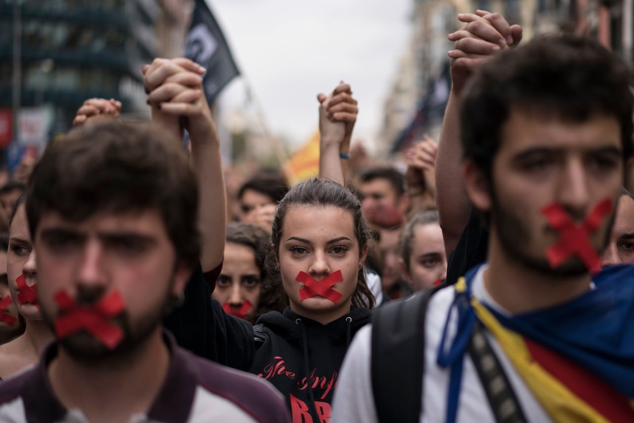 Independence supporters march during a demonstration in downtown Barcelona, Spain, 2 October 2017, AP Photo/Felipe Dana